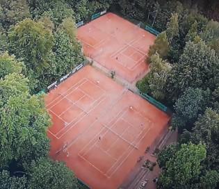 Blick auf Voiswinkeler Tennisplätze - 2020